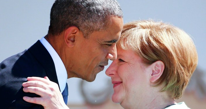 German Chancellor Angela Merkel and U.S. President Barack Obama embrace as they visit Kruen, southern Germany, June 7, 2015. Leaders from the Group of Seven (G7) industrial nations meet on Sunday in the Bavarian Alps for a summit overshadowed by Greece's debt crisis and ongoing violence in Ukraine