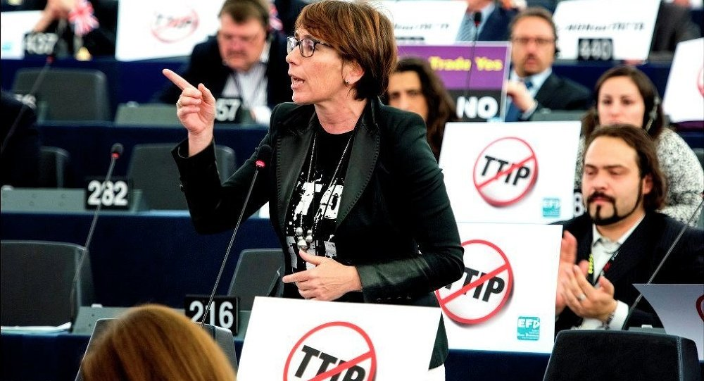 Debate and vote on TTIP postponed in the European Parliament
