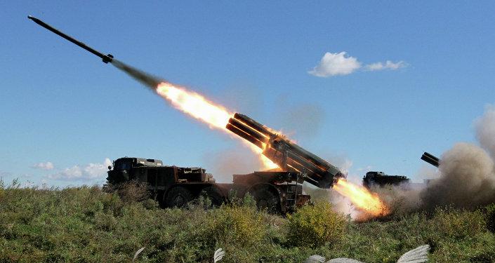 ميزات راجمة  BM-27 Uragan  ثاني أقوى راجمة صواريخ في العالم 1023413653
