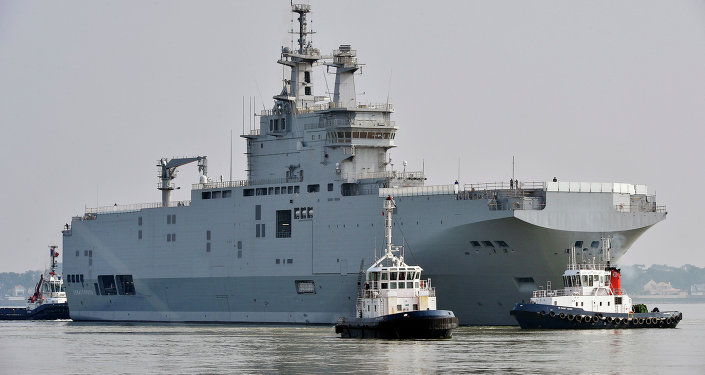 A Mistral-class warship at Saint-Nazaire harbor (File)