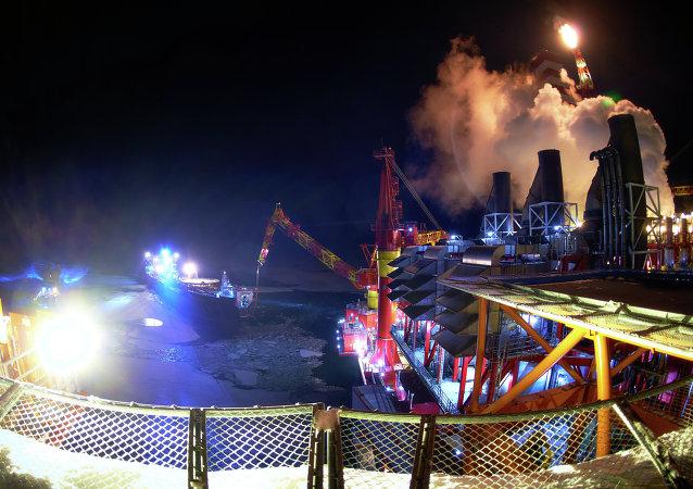 Prirazlomnaya offshore oil platform