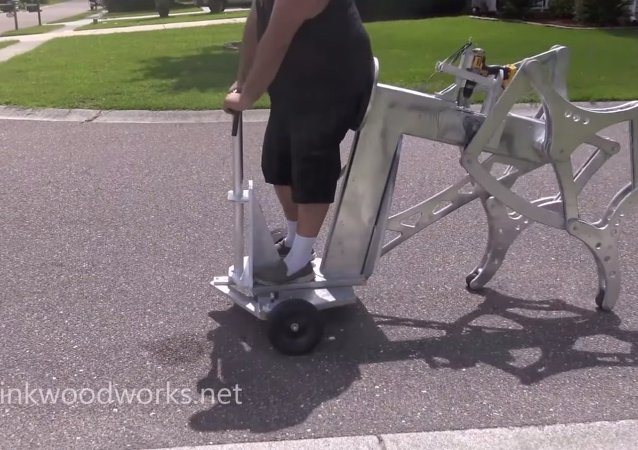 Incredible drill-powered walking machine
