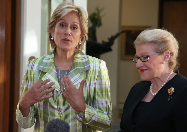 New Zealand's Dame Kiri Te Kanawa, left, meets with Bronwyn Bishop, speaker of the house of the Australian Parliament in Canberra, Thursday, May 15, 2014