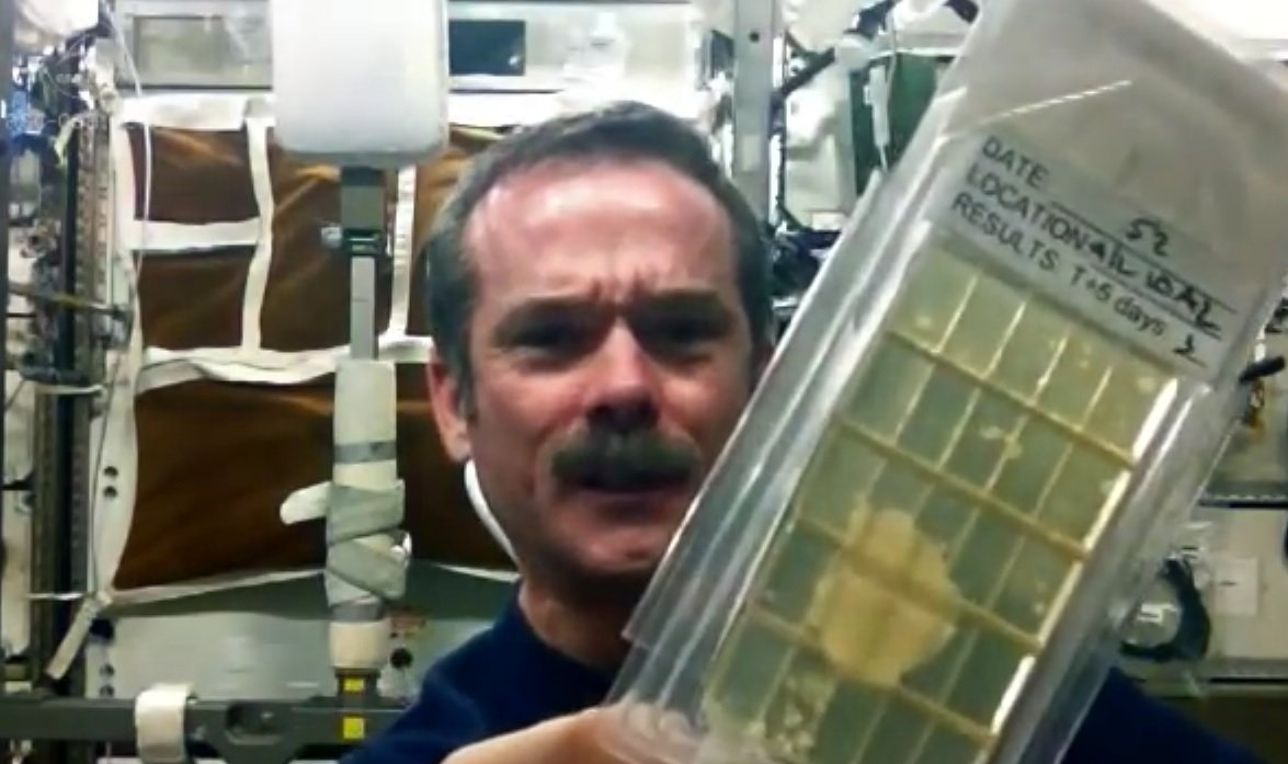 Hadfield demonstrates Microbial Air Sampling on the ISS