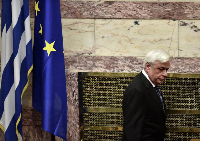 New Greek President Prokopis Pavlopoulos arrives for his swearing in ceremony at parliament in Athens on March 13, 2015