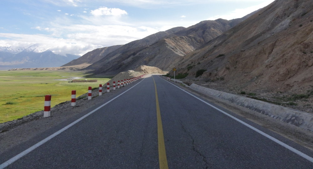 The Karakoram Highway that connects China and Pakistan