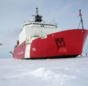 420-foot (128m) Coast Guard cutter Healy the largest and most technically advanced icebreaker in the US