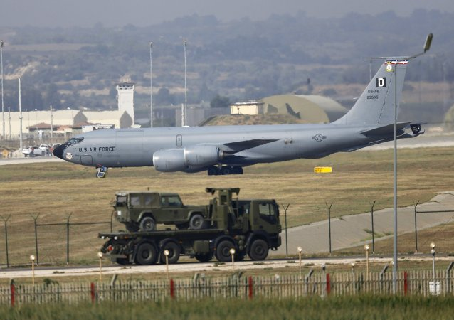 A U.S. Air Force Boeing KC-135R Stratotanker aerial refueling aircraft lands at Incirlik air base in Adana, Turkey, August 10, 2015