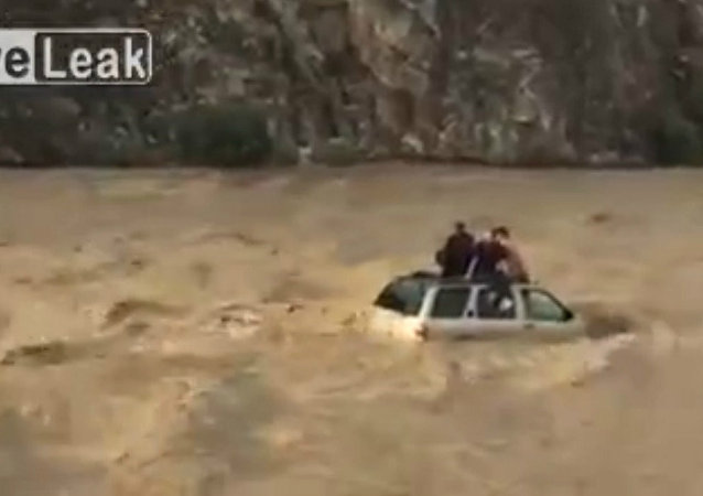Car Rafting