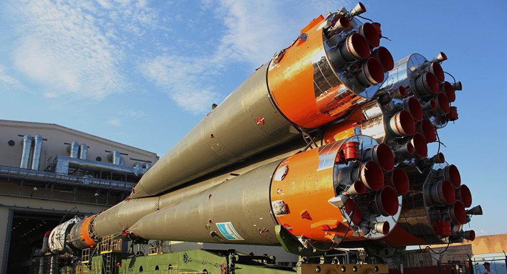Soyuz-FG missile with Canopus and BKA satellites set on launchpad