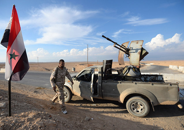 Hezbollah fighters at the front-line of the Syrian Arab Army near Palmyra–Homs road