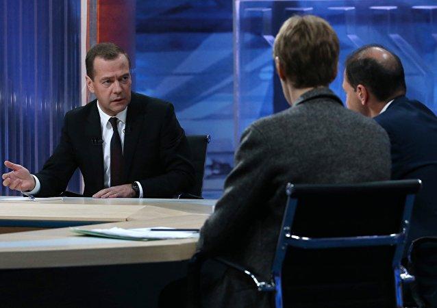 Dmitry Medvedev interviewed by Russian TV channels