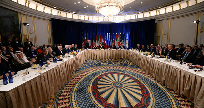 US Secretary of State John Kerry, United Nations secretary general Ban Ki-moon and Russian foreign minister Sergey Lavrov (C) along with other ministers and delegates start a meeting on Syria in New York on December 18, 2015