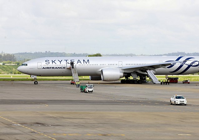 A view of an Air France Boeing 777 aircraft that made an emergency landing is pictured at Moi International Airport in Kenya's coastal city of Mombasa, December 20, 2015