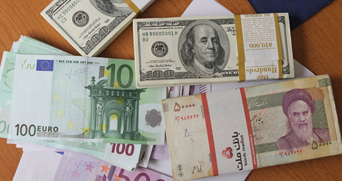 Euro And United States 100 Dollar Banknotes Iran S Rial