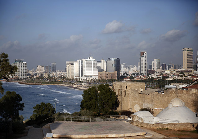 A picture taken on November 29, 2015 shows the Tel Aviv skyline from the neighbourhood of Jaffa