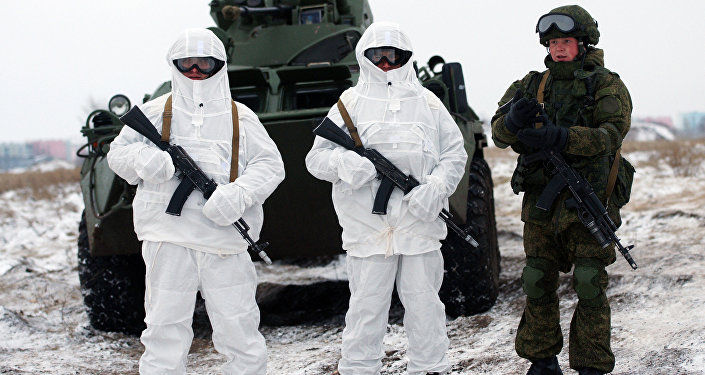 Servicemen of the Central Military District's peace-keeping unit hold a tactical exercise using the Ratnik battlesuits. File photo