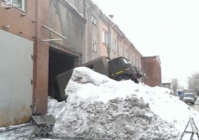 Russian method of exiting garage in snow