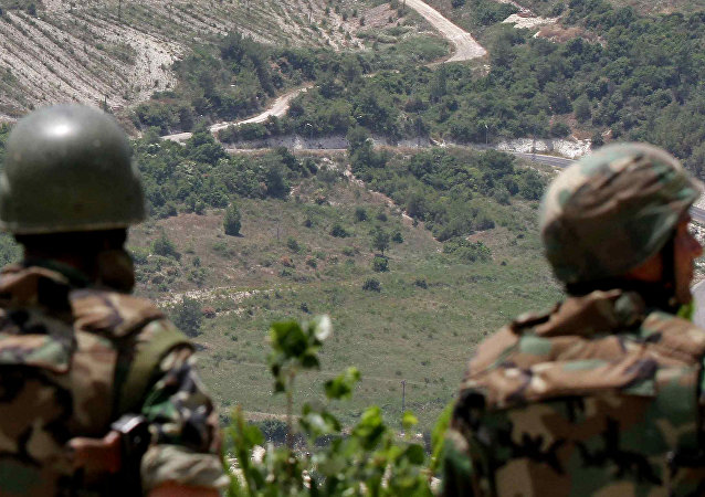 Syrian soldiers deploying along the Syrian-Turkish border. (File)
