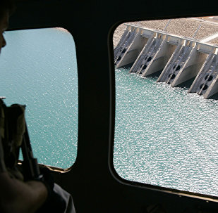 The view from a helicopter as it flies above the dam in Mosul, Iraq.