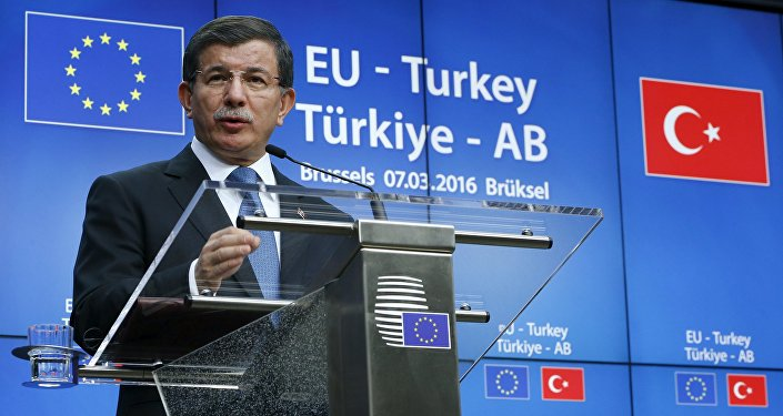 Turkish Prime Minister Ahmet Davutoglu speaks at a news conference at the end of a EU-Turkey summit in Brussels March 8, 2016.