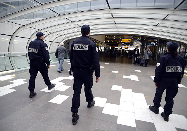 Police officers patrol at Toulouse Blagnac Airport in Toulouse (File)