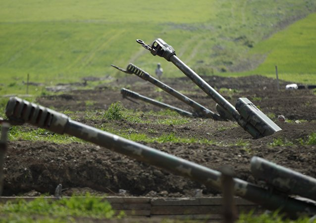 Armenian artillery is seen near Nagorno-Karabakh's town of Martuni, April 8, 2016