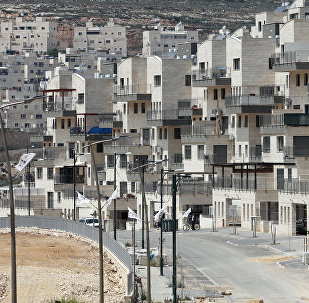 A picture taken on April 14, 2016 shows a partial view of the Israeli settlement of Givat Zeev near the West Bank city of Ramallah