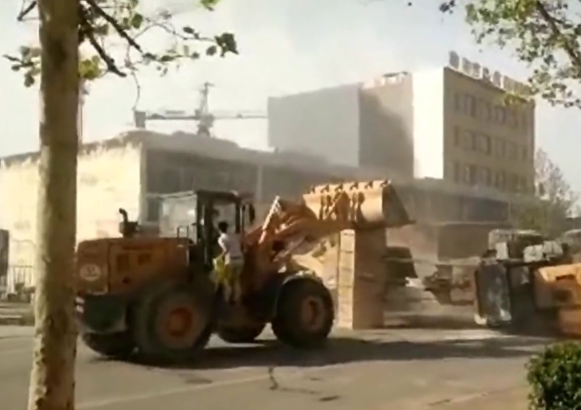 Bulldozer Battle on the Streets of China | This is China