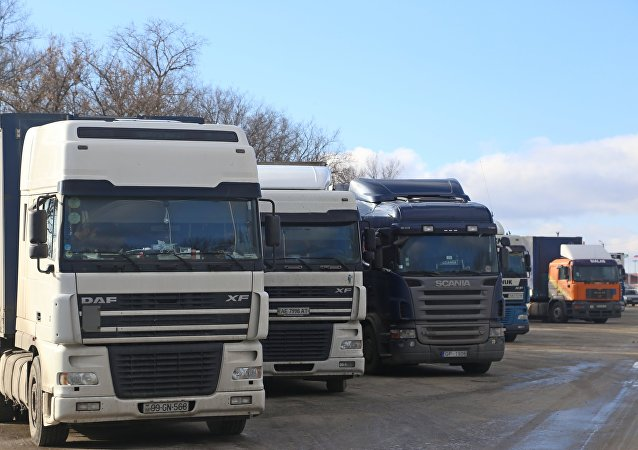 Trucks in line to cross the Russian-Ukrainian border at the Nekhoteyevka checkpoint, Belgorod Region.