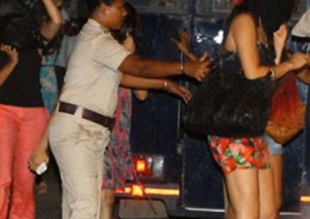 Chandigarh set to ban short skirts and indecent dresses in night clubs and discotheques