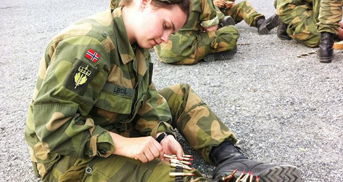 Loading Ammo Belts
