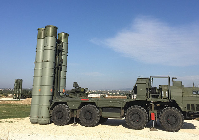 An S-400 air defence missile system at the Hmeymim airbase