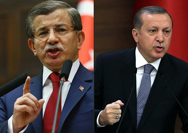 Ahmet Davutoglu and Recep Tayyip Erdogan. file photo
