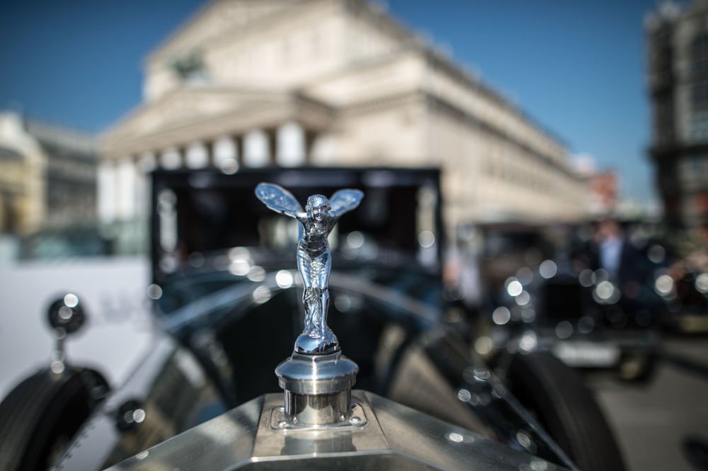 Down the Memory Lane: A Classic Car Parade in Moscow