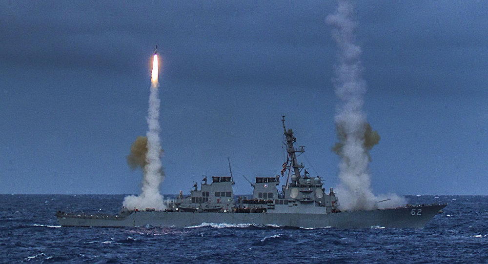 The guided-missile destroyer USS Fitzgerald (DDG 62) fires two SM-2 missiles during exercise Valiant Shield 2014.