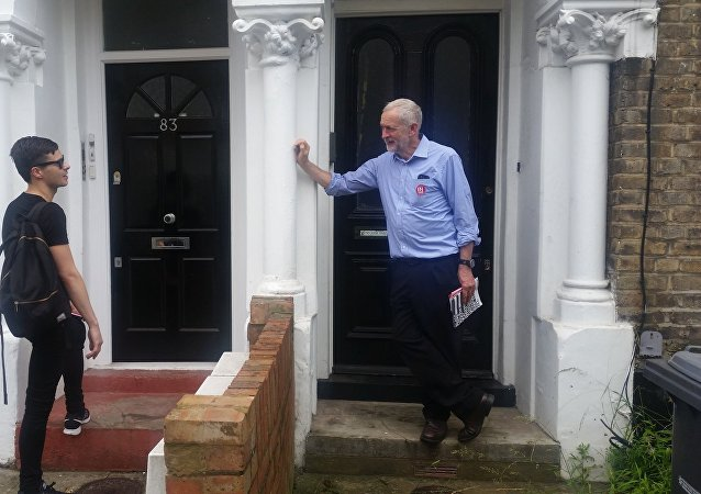 Who's There? Labour Leader Corbyn 'Knocking on Doors' Promoting Bremain