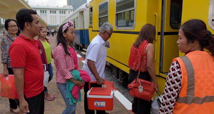 Cambodian passengers board a train at the Phnom Penh train station (File)