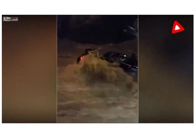 Locals form human chain to rescue woman during Maryland flood