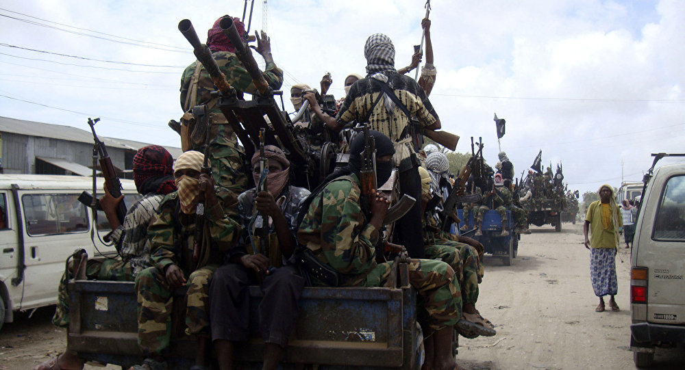Al-Shabaab fighters display weopons as they conduct military exercises in northern Mogadishu, Somalia (File)