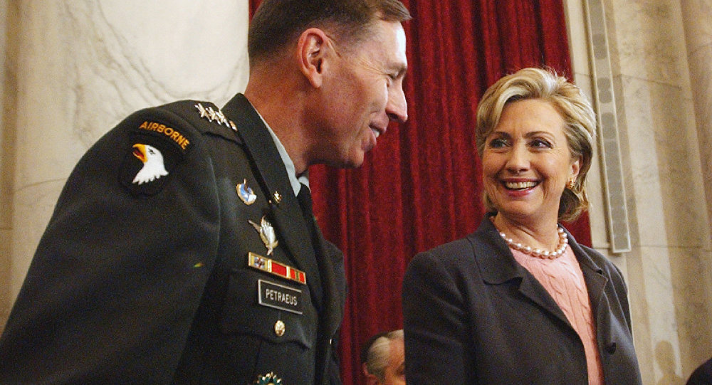 Army pulls training slide that named Clinton as 'threat'