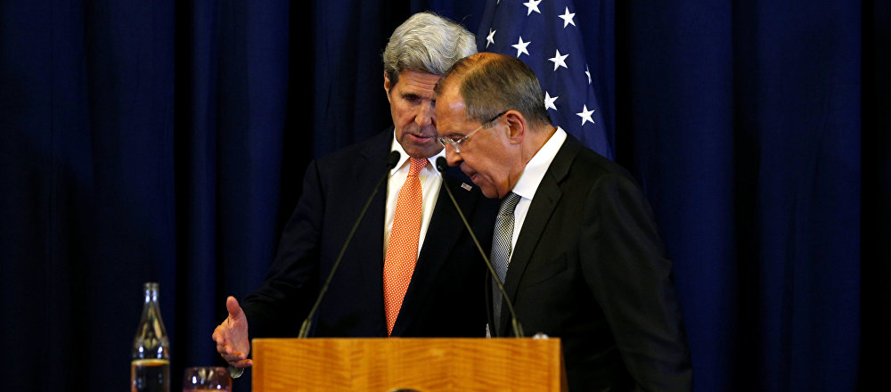 U.S. Secretary of State John Kerry and Russian Foreign Minister Sergei Lavrov confer at the conclusion of their press conference about their meeting on Syria in Geneva, Switzerland September 9, 2016.