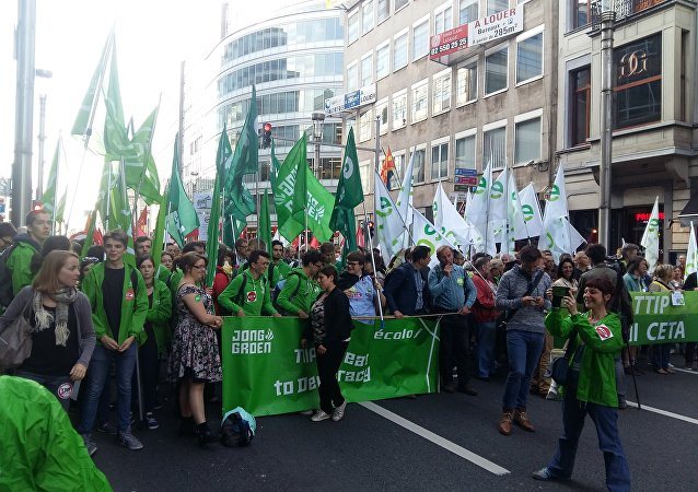 On Tuesday night, thousands of Europeans took part in protest rallies in Brussels to voice their disapproval of TAFTA, a proposed Transatlantic Free Trade Area between the EU and the US, also known as the US-EU Transatlantic Trade and Investment Partnership (TTIP