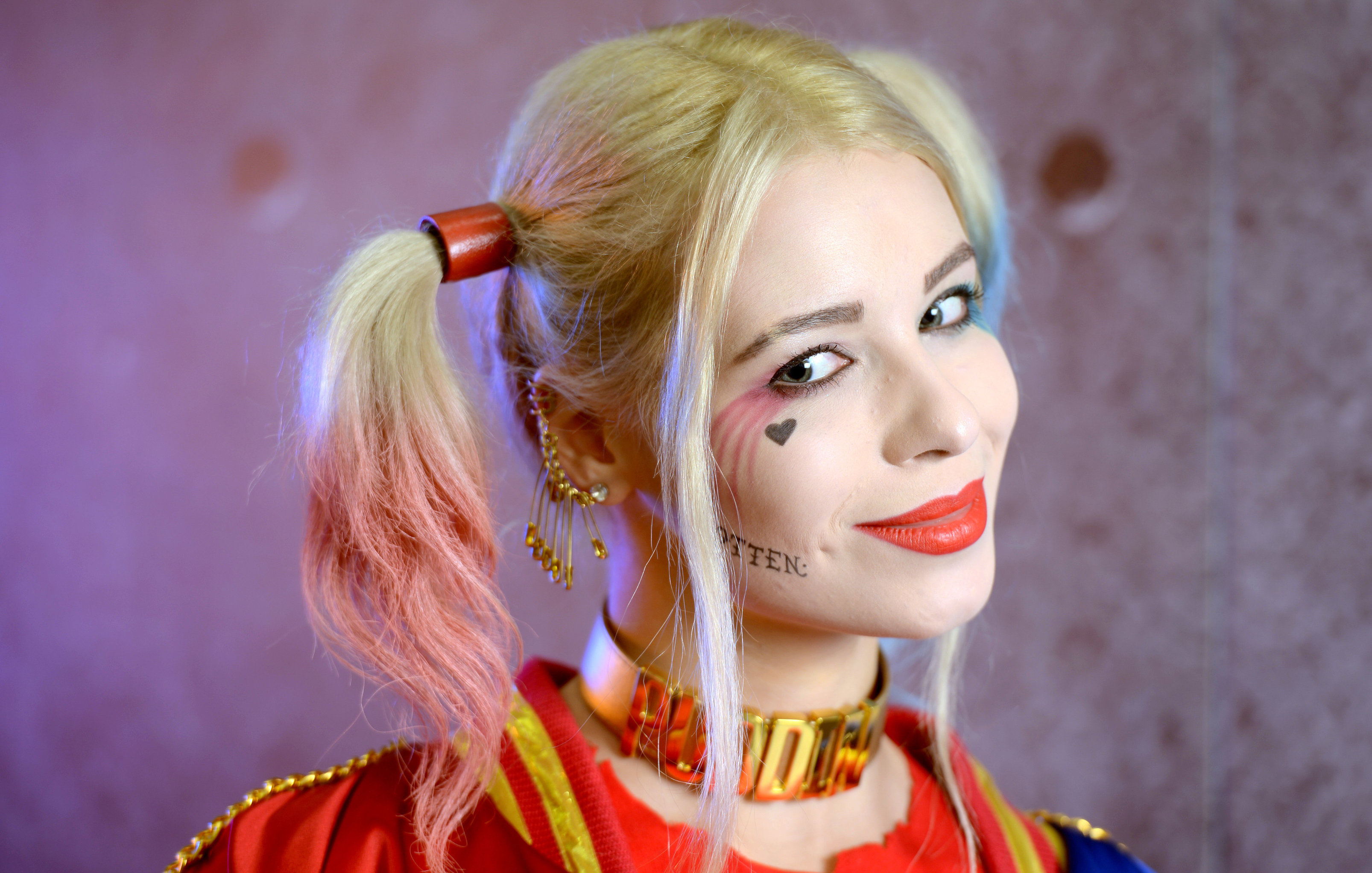 Alice as Harley Quinn, a character from DC Comics universe