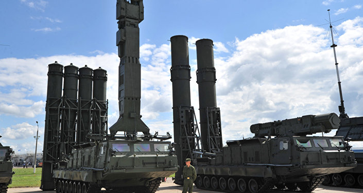 S-300V and S-300VM anti-aircraft long distance missile systems showcased at the 2nd International Forum 'Engineering Technologies 2012' in Zhukovsky outside Moscow.