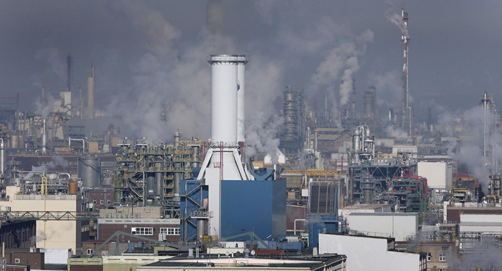The chemical plant of BASF is seen in Ludwigshafen, Germany (File)
