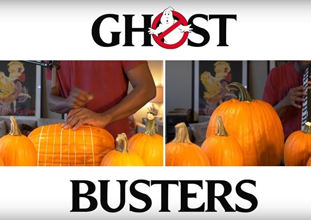 Ghostbusters Theme Song on Pumpkins - Dan Newbie