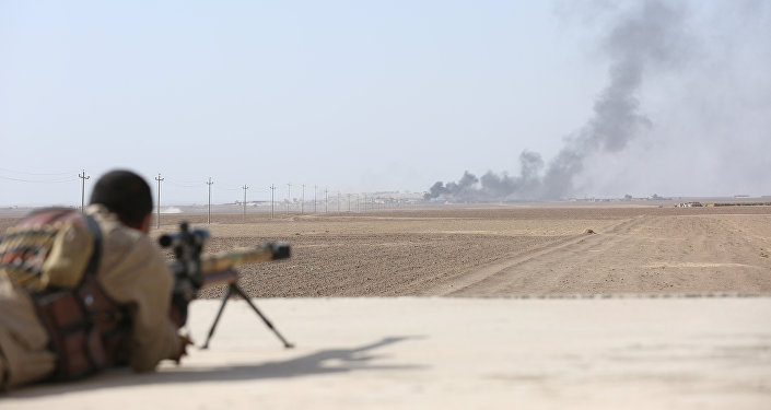 Smoke rises at Daesh militants' positions southwest of Mosul, Iraq October 31, 2016