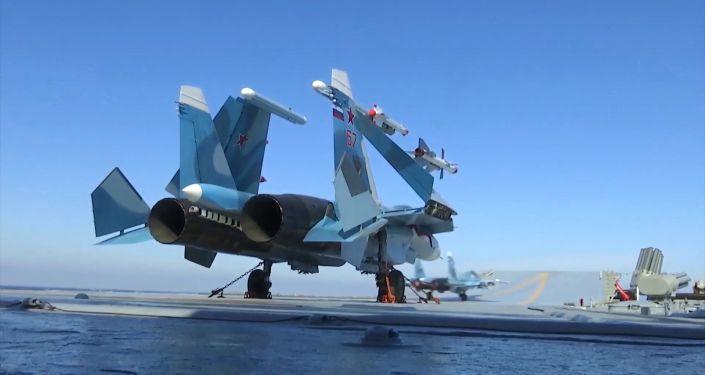 A Su-33 aboard Admiral Kuznetsov near Syria
