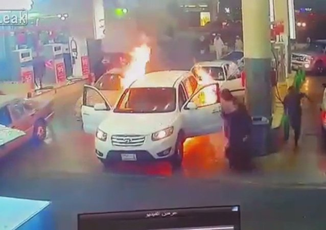 Car catches on fire at gas station during refueling